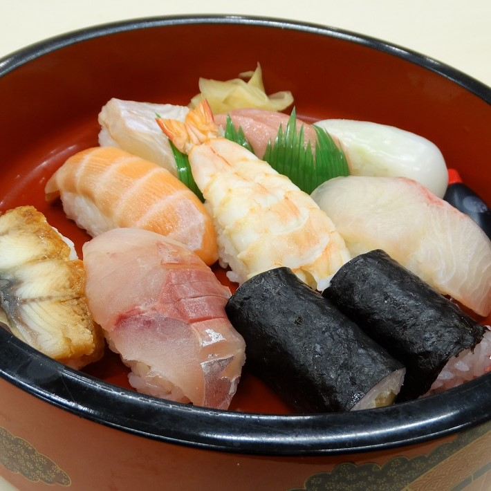 栄寿司テイクアウト